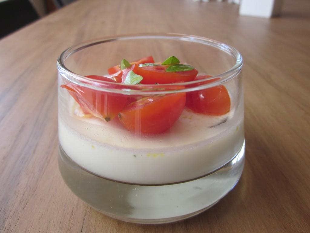 Tomate/Mozza d'une autre façon ! dans entrées IMG_2418-1024x768