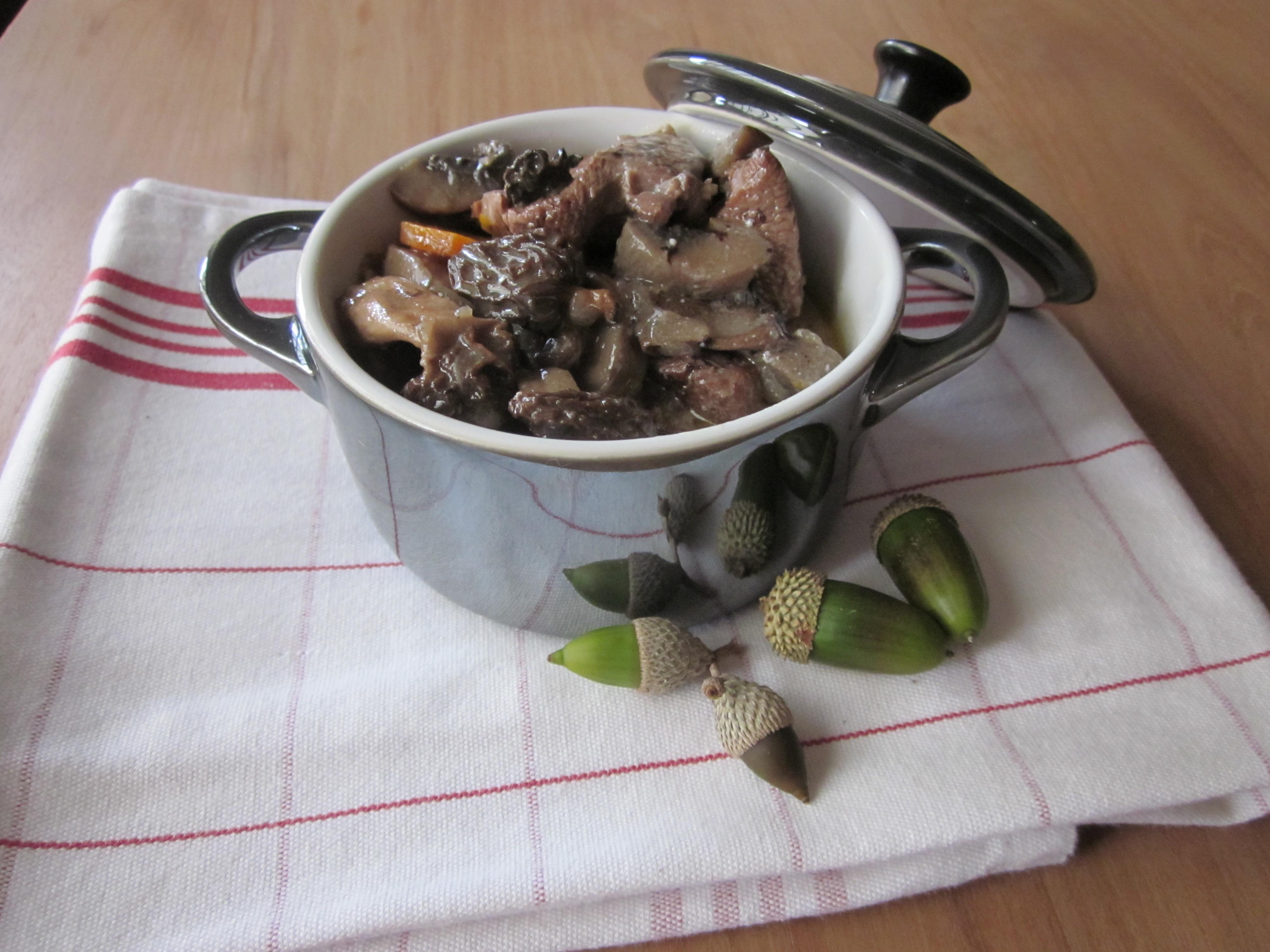 Blanquette de veau aux morilles la cuisine de sucrette - Comment cuisiner une blanquette de veau ...